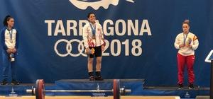 NEÜ'lü halterci rekor kırarak altın madalya kazandı