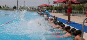 Toroslar'da yüzme kursları başladı