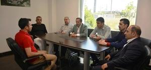 Başkan Toltar, Dilovası'nı rahatsız eden koku ile ilgili yetkililerden bilgi aldı