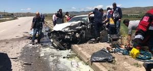 Yanan araçtan çıkamadılar: 5 ölü ile ilgili görsel sonucu