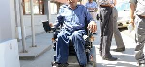 Engelli vatandaşın yüzünü Kayseri Emniyeti güldürdü