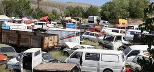 Hurda araçlar Büyükşehir'e teslim ediliyor