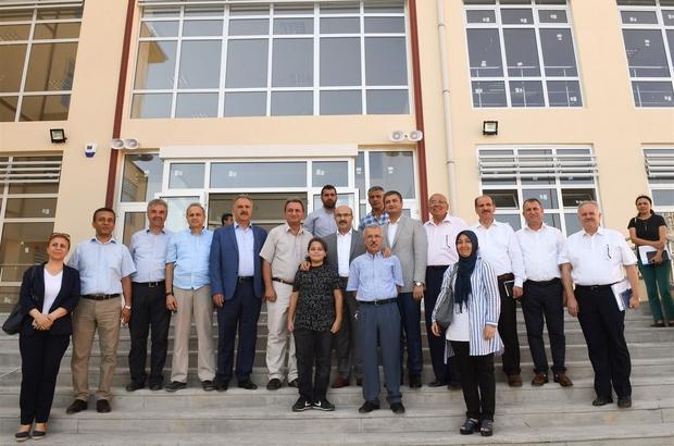 """Vali Demirtaş: """"Adana'da derslik sayısını  arttırıyoruz"""""""