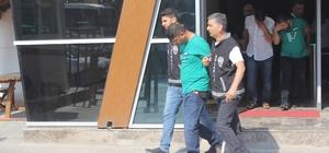 Çaldıkları paralarla Antalya'da tatile giden hırsızlar, dönüş yolunda yakalandı Kocaeli'de 60 bin liralık hırsızlık yapan 3 şahıs, tatil dönüşü yakalandı