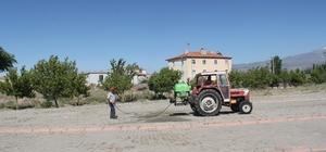 İncesu Belediyesi ilaçlama çalışmalarına devam ediyor