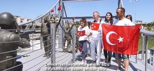 Özel çocuklardan 15 Temmuz şehitleri için duygulandıran klip Tankın üzerine çıkan özel öğrenciden Erdoğan'a sevgi mesajı