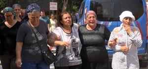 Tarsus'ta baba-kız denizde can verdi Mersin'in Tarsus ilçesinde serinlemek için denize giren baba ve 13 yaşındaki kızı boğularak hayatını kaybederken, ailenin 10 yaşındaki diğer çocuğu ise vatandaşlar tarafından kurtarıldı
