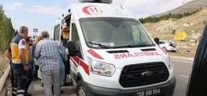 Sivas 'ta trafik kazası:2 yaralı Sivas'ta iki aracın çarpışması sonucu meydana gelen trafik kazasında  2 kişi yaralandı.