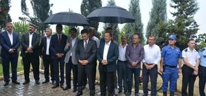 Yaman ve Toltar, 15 Temmuz anısına şehitliği ziyaret ettiler
