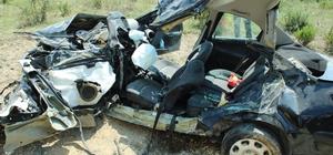 Yalova'da kamyon ile otomobil çarpıştı: 2 ölü, 2 yaralı