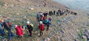 15 Temmuz şehitleri için Hasandağı'na tırmanış