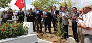 15 Temmuz Demokrasi ve Milli Birlik Günü'nde Şehitlikler Ziyaret Edildi