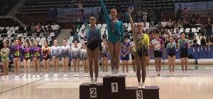 Manisa Büyükşehir'in Cimnastik Takımı Türkiye şampiyonu oldu