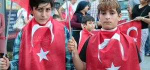 """CHP'li vekile parti propagandası tepkisi """"Parti propagandası yapılıyor"""" diyen CHP'li vekil vatandaş tarafından yuhalandı"""