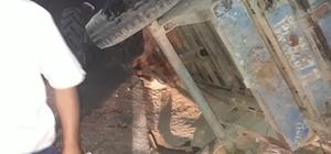Otomobil traktöre arkadan çarptı: 3 yaralı