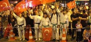 Kahta'da binlerce kişi meydanda buluştu