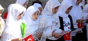 Bozüyük Belediye Başkanı Fatih Bakıcı, miniklerin 15 Temmuz programına katıldı
