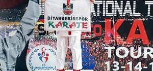 Diyarbakırlı karateci Sena'dan büyük başarı Sena Kızılaslan, Turkish Open Karate Şampiyonası'nda altın madalyaya kazandı
