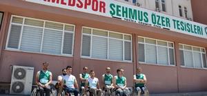 Engelli sporcular takımlarının kapatılmasına tepki gösterdi