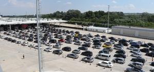 Akın akın geliyorlar: 24 saatte 36 bin yolcu, 7 bin 66 araç Kapıkule Sınır Kapısı'nda hareketli günler yaşanıyor Binlercesi geldi, Ağustos sonuna kadar da 100 bin araç bekleniyor