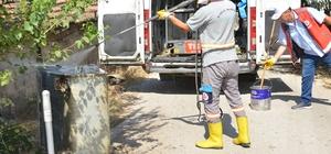 Çöp konteynırları dezenfekte ediliyor