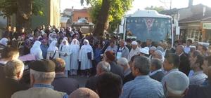 Bilecik'te 35 kişilik umre kafilesi kutsal topraklara uğurlandı