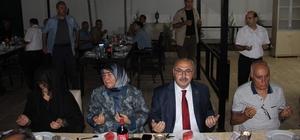 Şehiy ailesi oğullarının mesai arkadaşlarını yemekte ağırladı