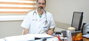 """Havuz enfeksiyonlarına dikkat Özel Ümit Hastanesi Enfeksiyon Hastalıkları ve Klinik Mikrobiyoloji Uzmanı Dr. Mehmet Uluğ: """"Havuz yoluyla en sık bulaşan hastalıkların başında rota virüsü, nörovirus, enterovirus ile hepatit A gibi viral hastalıklar gelir"""""""