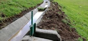 Van Büyükşehir Belediyesi tarım arazilerini suya kavuşturuyor