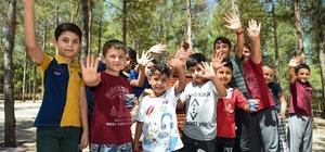 Kurs öğrencileri hayvanat bahçesinde eğlendi