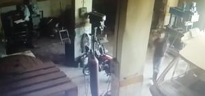 Cezaevi firarisinin motosiklet hırsızlığı güvenlik kamerasında