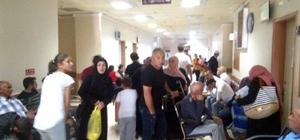 Suşehri'nde salgından etkilenenlerin sayısı artıyor Sivas'ın Suşehri ilçesinde son dört gün içerisinde mide bulantısı, ishal ve karın ağrısı şikayetleri ile hastaneye başvuranların sayısı 750'ye ulaştı