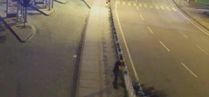 Yol kenarındaki saksıları tahrip eden şahsa gözaltı