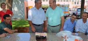 AFAD'tan emekli olan personele pasta sürprizi