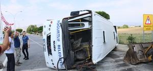 Özel halk otobüsü ile otomobil çarpıştı: 6 yaralı
