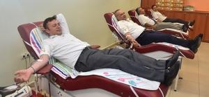 ESOGÜ yöneticilerinden Kızılay'a kan bağışı yapma çağrısı