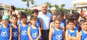 Samandağ'da 800 çocuğa yüzme kursu
