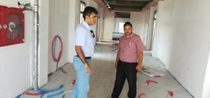 Müdür Çatkılı 15 Temmuz Mesleki ve Teknik Anadolu Lisesi binasında incelemede bulundu