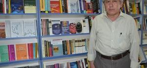 (Özel haber) Ödüllü bakkal yazar Ortaokul mezunu yazar 12 kitap yayınladı Romanları üniversitelerde tez konusu oldu