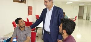 Demirkol sınavlara hazırlanan gençleri ziyaret etti