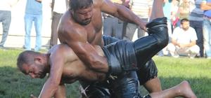 Düzce Yağlı Güreşleri başpehlivanı Recep Kara oldu