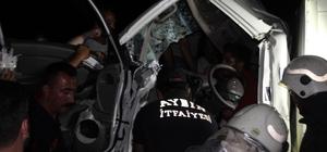 Aydın'da feci kaza, kamyonette sıkışan iki kardeş acı içinde kurtarılmayı bekledi Görevliler meraklı kalabalık nedeniyle işlerini yapmakta zorlandı
