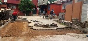 Dilovası'nda parke taşı onarımları sürüyor
