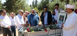 Bağcı ölümünün 21'inci yılında unutulmadı 1997 yılında dönemin Devlet Bakanı Mehmet Batallı ile Tarım ve Köy İşleri Bakanı Mustafa Taşar'ın seçim programını takip etmek için bindiği seçim otobüsü üzerinde başını tabelaya  çarparak şehit olan Gazeteci Kemal Bağcı mezarı başında anıldı