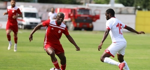 Sivasspor hazırlık karşılaşmasında Boluspor'a yenildi