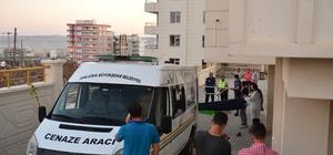 Şanlıurfa'da cam silerken 3. kattan düşen kız öldü