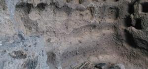 Şahmelik köyündeki 7 katlı tarihi mağara ziyaretçileri bekliyor