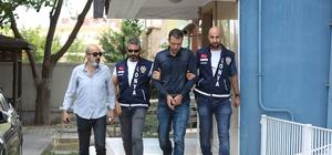 Silahla adam yaraladı, 10 yıl yattığı cezaevine tekrar girdi Konya'da 10 yıldır hapis yatan bir kişi, cezaevinden çıktıktan 11 gün sonra karıştığı silahlı kavgada 1 kişiyi ağır yaralayınca tekrar cezaevine girdi