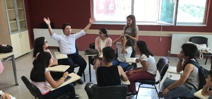 Milletvekili Özboyacı'dan gençlik merkezlerine ziyaret