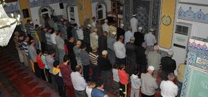 Akşehir'de camiler çocuk sesleri ile şenleniyor